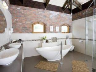 LovanE Boutique Wine Estate and Guest House Stellenbosch - Bathroom