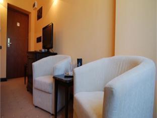 Grand Hotel Perla Ciucasului Hotel Brasov - Guest Room