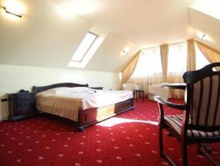 Grand Hotel Perla Ciucasului Hotel Brasov - Suite Room