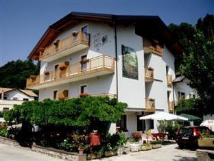 Hotel Faedo Pineta