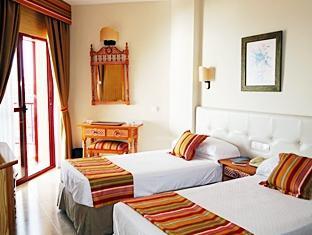 Hotel Angela Fuengirola - Guest Room