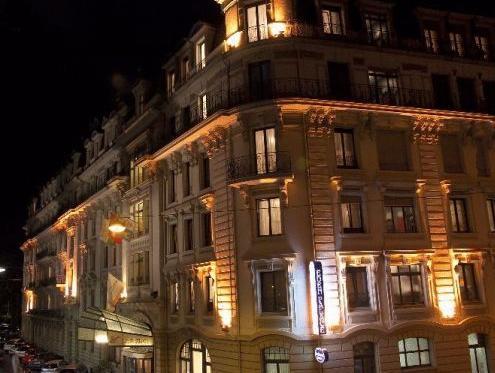 Villa Eden Palace Au Lac Hotel