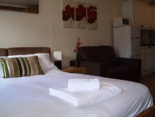 Cleveland Apartment Newbury - Guest Room