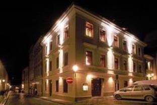U Pava Hotel