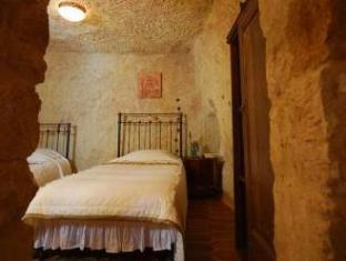 Melekler evi cave hotel urgup guest room