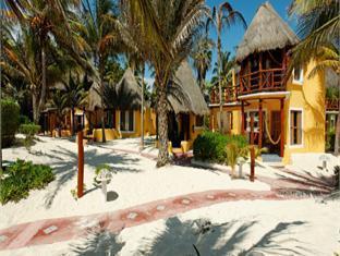 Hotel Exterior Shangri La Caribe Beach Resort