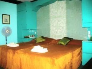 Dona Marta Boutique Hotel Hinunangan - Guest Room