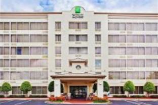 Holiday Inn Express Atlanta Kennesaw Hotel