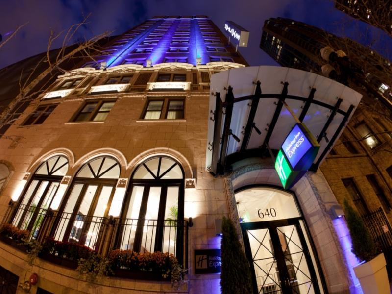 Holiday Inn Express Chicago Magnificent Mile Hotel