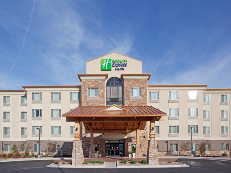 Holiday Inn Express Hotel And Suites Denver Airport