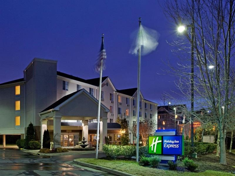Holiday Inn Express Chapel Hill Hotel