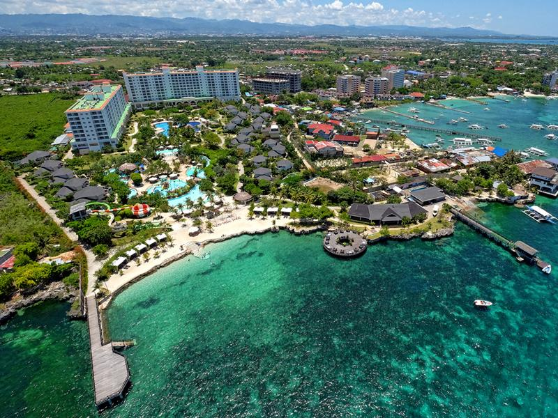 Imperial Palace Waterpark Resort & Spa Cebu-Stadt - Hotel Aussenansicht