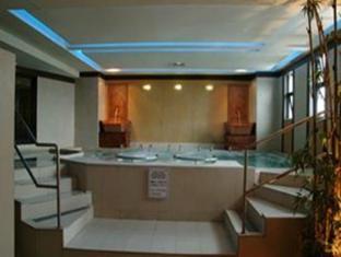 Networld Hotel Manila - Hydrojet Massage Pool