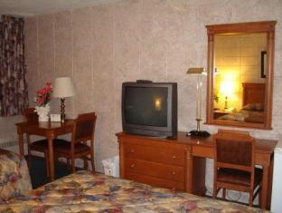 Capri Inn Hotel Saint-Catharines (ON) - Guest Room