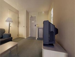 Quality Suites Quebec City Hotel Quebec City (QC) - Suite Room