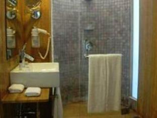 The O Resort and Spa North Goa - Bathroom