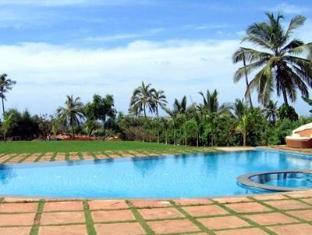 The O Resort and Spa North Goa - Swimming Pool