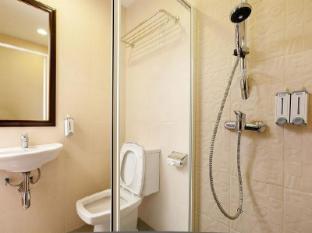 Check Inn China Town Bangkok - Bathroom