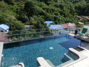 Kata Beach Studio Phuket - Swimming Pool