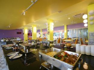 Bella Express Hotel Pattaya - Buffet Breakfast