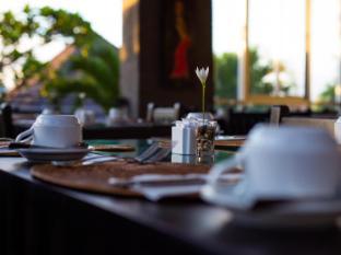 The Bidadari Villas and Spa Bali - Food, drink and entertainment