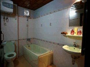 Banahills - Le Nim Hotel Da Nang - Bathroom