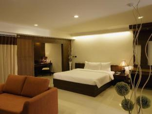 Baywalk Residence Pattaya - Executive Deluxe King Bed