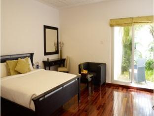 Citrus Sriperumbudur Hotel Chennai - Deluxe Room