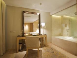 Hotel Lan Kwai Fong Macau Macau - Grand Suite Bathroom