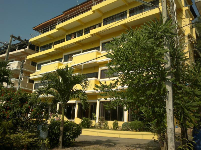 Laemya Inn - Rayong