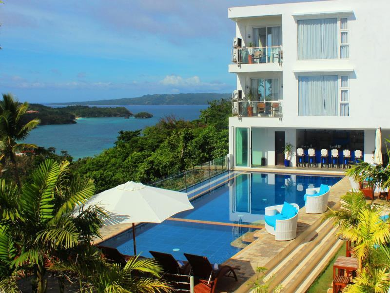 Hotell Tanawin Resort and Luxury Apartments