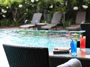Premier Signature Pattaya Pattaya - Swimming Pool