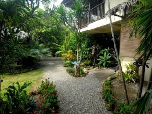 Philippines Hotel Accommodation Cheap | Blue Bayou Bungalows Boracay Island - Entrance