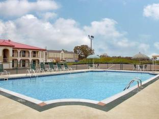 Red Roof Inn Bowling Green Bowling Green (KY) - Swimming Pool