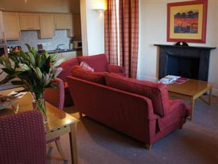 Blue Rainbow Aparthotel Edinburgh Edinburgh - Living Room