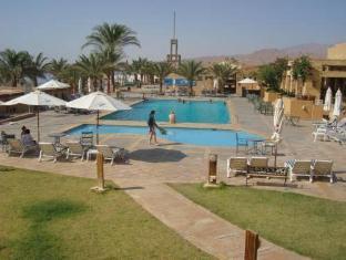 فندق كورال بيه العقبة - حمام السباحة