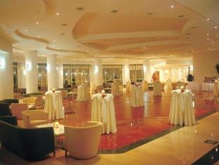 Отель Kemer Resort класс отеля 5 звезд.