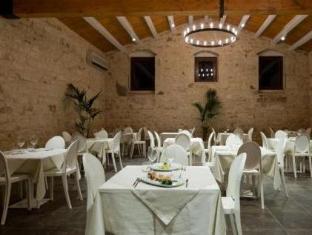 Torre Dantona Country Hotel بوزالو - المطعم