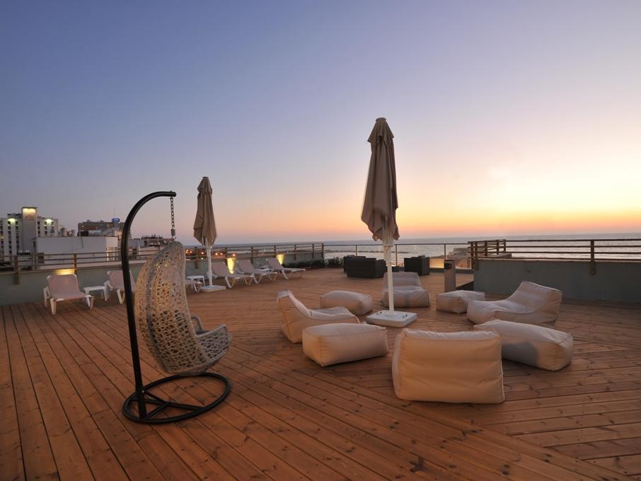 See The Sea Hotel