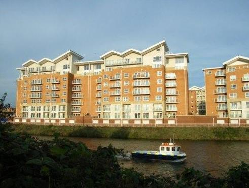 A Space in the City - Century Wharf Apartments