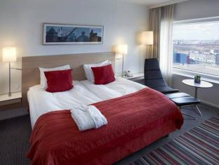 Crowne Plaza Hotel Copenhagen Towers Copenhagen - Guest Room