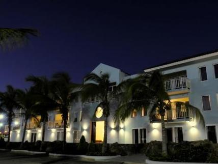 Dolphin Suites - Hotels and Accommodation in Netherlands Antilles, Central America And Caribbean