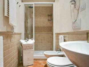 La Papessa Guest House Rome - Badkamer