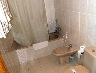 Hostal San Marcos Huesca - Bathroom
