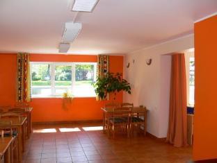 Villa Artis Guest House פרנו - מסעדה