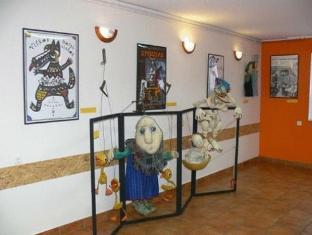 Villa Artis Guest House פרנו - בית המלון מבפנים