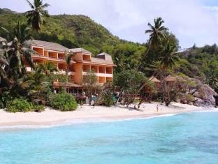 Allamanda Beach Resort & Spa in Anse Forbans