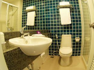 Bangkok Loft Inn Bangkok - Bathroom