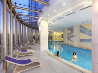 Ariva Beijing West Hotel & Serviced Apartment Beijing - Swimming Pool
