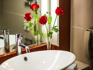 Ariva Beijing West Hotel & Serviced Apartment Beijing - Bathroom